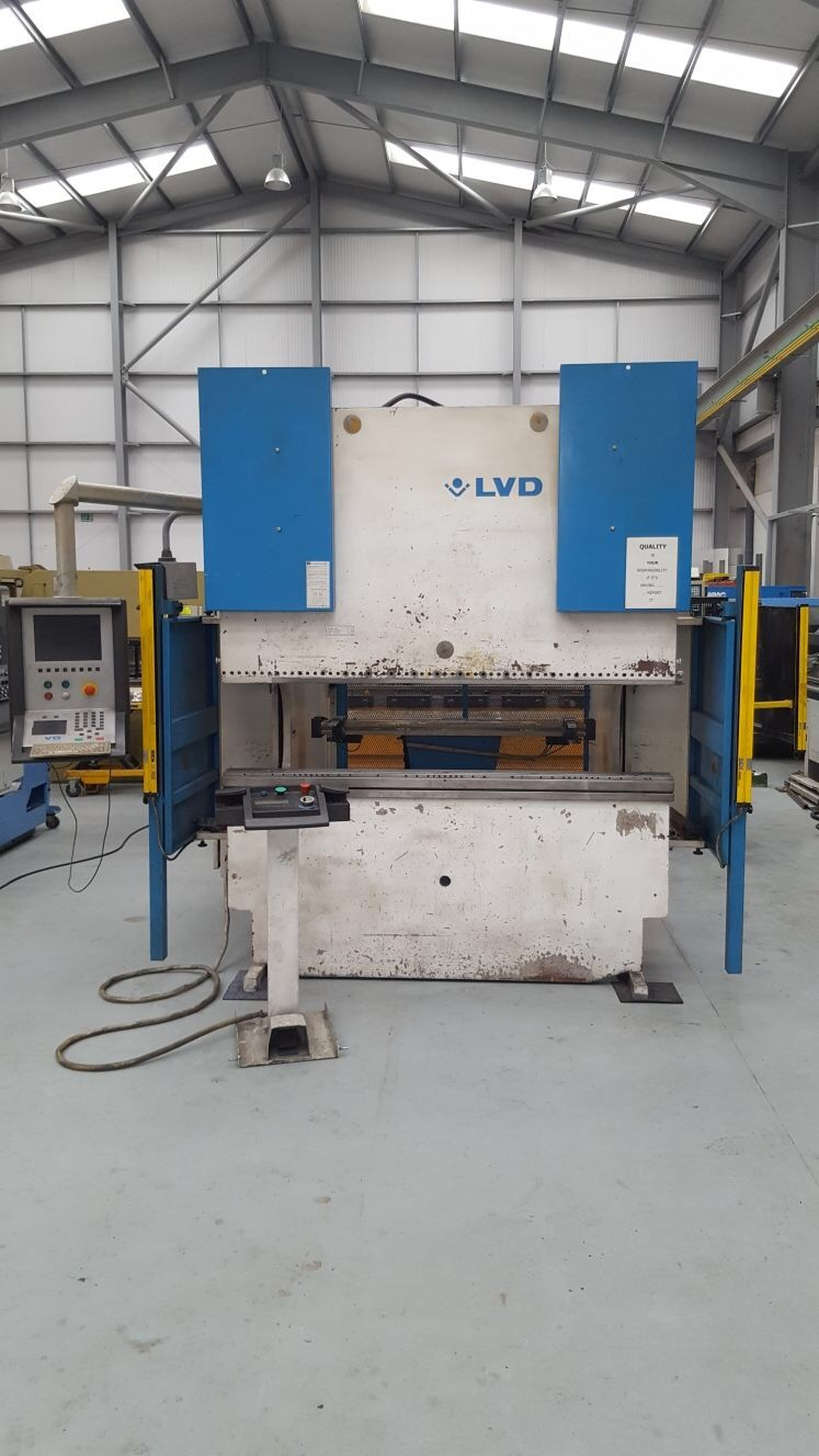 LVD PPEB 2m x 80 ton 8 axis press brake