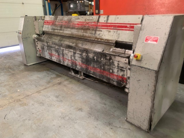 MORGAN RUSHWORTH 3000mm x 3.5 Power operated Box and Pan Folder